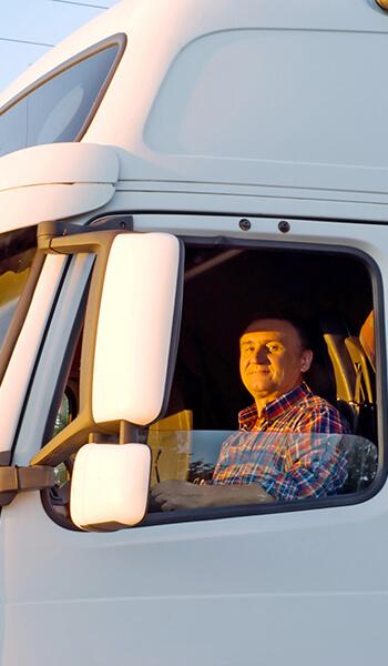 Chauffeur dans son camion
